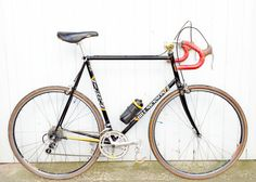 This Bill Nickson racer was handbuilt in 1984 by Bill Nickson Cycles of Leyland, Lancashire of lightweight Reynolds 531c tubing. See more at www.glorydays.cc
