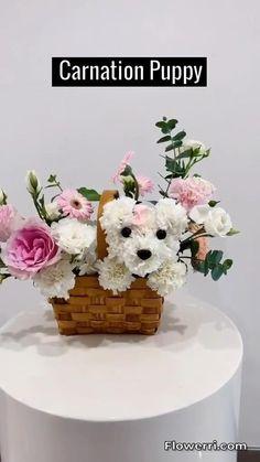 Flower Bouquet Diy, Diy Flowers, Flower Decorations, Carnation Bouquet, Flower Shop Decor, Creative Flower Arrangements, Floral Arrangements, Basket Flower Arrangements, Artificial Flower Arrangements