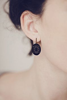 Onyx Dot Pattern Earrings. #RachelBall #elephantine