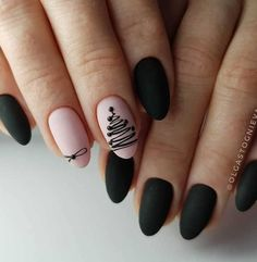 If you are getting ready for the holidays by painting a winter wonderland on your nails, these Cutest Christmas Nail Art DIY Ideas will surely give you a cheerful Christmas season this year. Cute Christmas Nails, Xmas Nails, Christmas Nail Art Designs, Holiday Nails, Black Christmas, Christmas Ideas, Santa Christmas, Christmas Holiday, Matte Nails