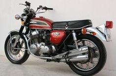 HONDA CB750 FOUR 1973 Classic Honda Motorcycles, Honda Motorbikes, Honda Cb750, Cars And Motorcycles, Honda Motors, Japanese Motorcycle, Cafe Racer Motorcycle, Scrambler, Sport Bikes