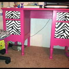 Painted desk for kid's room Painting Kids Furniture, Funky Furniture, Furniture Projects, Painted Furniture, Painted Desks, Reuse Furniture, Reclaimed Wood Furniture, Repurposed Furniture, Kid Desk