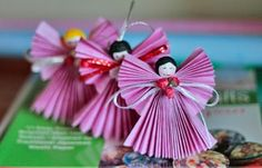 Paper ornaments to hang on the Christmas tree . Christmas Angel Ornaments, Christmas Arts And Crafts, Easy Arts And Crafts, Paper Ornaments, Ornament Crafts, Christmas Paper, Holiday Crafts, Christmas Holidays, Christmas Decorations