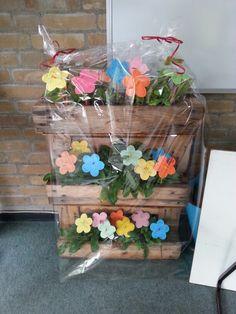 Plantenbak als afscheidscadeau van de klas