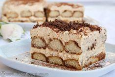 delicious chocolate tiramisu (in Italian) Trifle Desserts, No Bake Desserts, Just Desserts, Delicious Desserts, Dessert Recipes, Yummy Food, Cake Recipes, Tiramisu Recipe, Tiramisu Cake