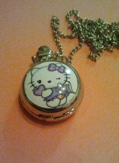 Hello Kitty pocket Watch Pendant with mirror 001