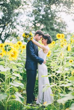 sunflower field wedding, photo by CJK Visuals http://ruffledblog.com/sunflower-field-wedding-inspiration #weddingideas