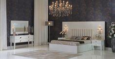 Mobilya devi Zebrano mobilyanın 2018 yılında satışına başladığı yatak odası modelleri arasında görünümündeki zariflik ve kaliteli yapısı ile kendini kanıtlamış olanZebrano mobilya Monet yatak odası takımı 2018 yılında en çok satan yatak odaları arasında yer bulacağa benziyor. Zebrano Mobilya Monet Yatak Odası Takımı tamamı beyaz renkte 1. kalite sunta ile üretilmiş olan gardırop , şifonyer , şifonyer ayna pano , komodin ve bazalı karyoladan oluşmaktadır. Biri aynalı olmak üzere 2 sürgülü…
