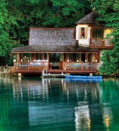 Now this is a lake house!!