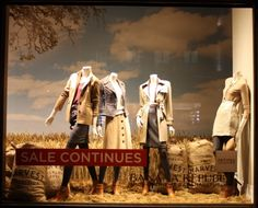 This is AMAZING. How they found the wheat, I have no idea. love it.     #window #display #retail