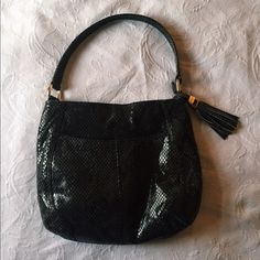 B. Makowsky snakeskin leather hobo purse Blackish gray leather snakeskin print one strap purse. Tasseled zipper closure with two exterior pockets, two interior pockets and one interior zipper pocket. Practically perfect condition with the exception of one small pen mark as shown in the picture. Fantastic condition. Offers are welcome! b. makowsky Bags Hobos