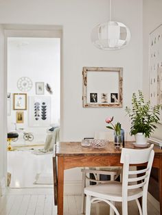 A lovely Gothenburg apartment to kick off the week