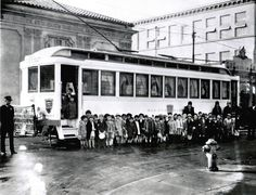 A field trip by streetcar in 1927