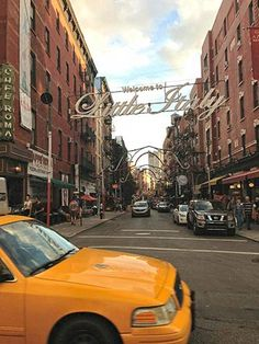 Little Italy in NYC - Mullberry Street