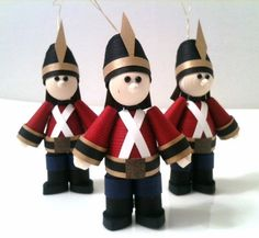 A bit pricey maybe for a gift tag, but if you know a collector in love with toy soldiers then this is the way to go! Toy soldier ornaments are an adorable way to dress up Christmas presents or Christmas garland!!!