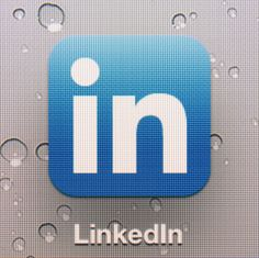 Learn How to Promote Yourself Using LinkedIn