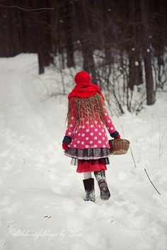 Little Red Riding Hood by loretoidas, via Flickr