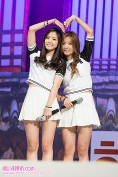 APink NaEun and BoMi