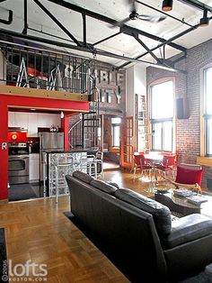 n industrial loft design was meant for an artist and it combines the best of both worlds. This industrial interior loft is a wonde Design Industrial, Industrial House, Industrial Interiors, Industrial Bedroom, Vintage Industrial, Industrial Style, Loft Design, House Design, Appartement New York