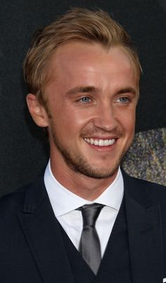 Tom Felton Images by Daniel Bruno on FeelGrafix Tom Felton Harry Potter, Harry Potter Toms, La Saga Harry Potter, Harry Potter Draco Malfoy, Harry Potter Images, Harry Potter Tumblr, Harry Potter Cast, Harry Potter Characters, Dramione