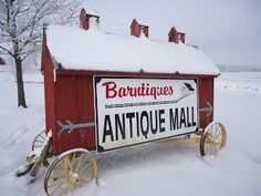 Iowa Barntiques: A Frosty Morning at Barntiques Antique Mall