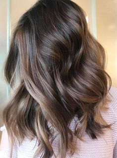Gorgeous Chocolate Hair Color Trends for Medium Length Hairstyles