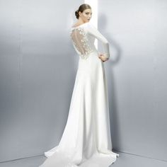 Sheath Wedding Dress : The Most Beautiful Long Sleeved Wedding Dresses from the 2013 Collections