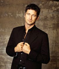 Gerard Butler (Barney223) Tags: portrait man black hot sexy face shirt photoshoot body young handsome scottish butler actor youthful rugged fit gerard younger gerry gerardbutler