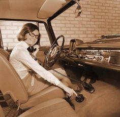 50's car phone...hahaha