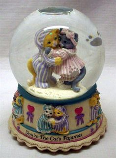cat snow globe | Cat's pajamas snow globe