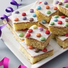 Limo-Kuchen mit Schokolinsen - BRIGITTE