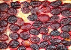 Plum tart with only 2 ingredients Plum Tart, 2 Ingredients, Dessert Recipes, Desserts, Pepperoni, Pizza, Drink, Youtube, Pie