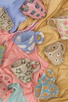 Ceramic Pottery, Pottery Art, Ceramic Art, Pottery Painting, Ceramic Animals, Pottery Designs, Ceramic Jewelry, Pottery Bowls, Ceramic Painting