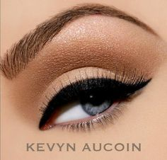neutral glamour   perfect liner!  <3