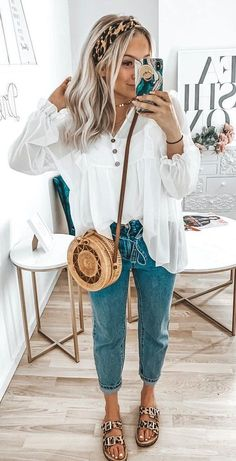 perfect spring outfits to imitate as soon as possible - summer fashion ideas - Summer Outfits Mode Outfits, Trendy Outfits, Fashion Outfits, Womens Fashion, Woman Outfits, Casual Work Outfits, Fashion Hacks, Ladies Fashion, Hijab Fashion
