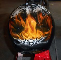 Helmet airbrush art - part 2