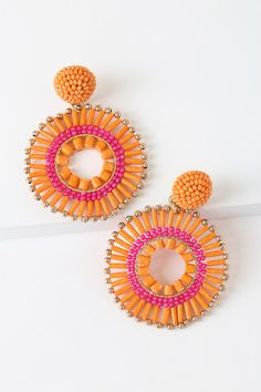 Dress up any look with the Lulus Lollipop Orange Beaded Statement Earrings! Hoop earrings decked out in orange and pink beads, dangle from beaded post backs. Diy Lace Earrings, Cute Earrings, Statement Earrings, Beaded Jewelry, Crochet Earrings, Orange Earrings, Hoop Earrings, Yarn Crafts, Bead Crafts