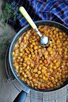 Μα...γυρεύοντας με την Αλεξάνδρα: Ρεβίθια στο φούρνο με ντομάτα
