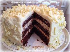 Aina välillä kaipaillaan gluteenitonta suklaakakkua ja päätin kokeilla tällä kertaa jotain uutta. Suklainen pohja on muunnos paholaisenkakk... I Want To Eat, Bakery, Food And Drink, Gluten Free, Pie, Favorite Recipes, Homemade, Sweet, Desserts