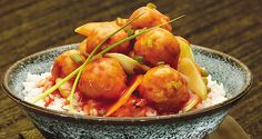 Chicken Balls in Tomato Sauce This recipe can be paired with either rice or pasta for a rich and satisfying meal. Healthy Chicken Recipes, Asian Recipes, Cooking Recipes, Ethnic Recipes, Recipe Chicken, Easy Recipes, Chayote Recipes, Pinoy Food, Filipino Food
