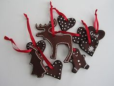 jul- so many ideas.  Cinnamon cut out with cookie cutter and use white icing.
