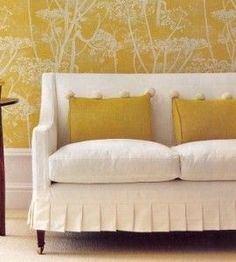 katrincargillcountryhomechriseverard....... Just a different colored couch. Very nice.