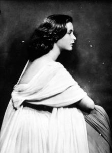 Violante Visconti di Modrone - anni 40 di Ghitta Carell