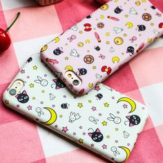 Fit Laptop Model:iphone plus.Tips: *Please double check above size and consider your m Kawaii sailor moon iphone case Sailor Chibi Moon, Sailor Mars, Goodies Manga, Sailor Moon Phone Case, Otaku, Wall Paper Phone, Sailor Scouts, Magical Girl, Things To Buy