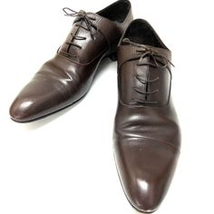 The best collection of LUIS VUITTON shoes to wear in all kinds of events. Modern designs for men, women and children. Luis Vuitton Shoes, Zapatos Louis Vuitton, Leather Shoes, Modern Design, Oxford Shoes, Dress Shoes, Lace Up, How To Wear, Events