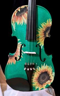 Sunflower Delight Emerald Violin Outfit  http://www.stringplayercentral.com