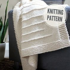 Easy Blanket Knitting Patterns, Knitting Terms, Knitting For Charity, Knitted Afghans, Circular Knitting Needles, Knit Patterns, Make Blanket, Blanket Sizes, Small Crib