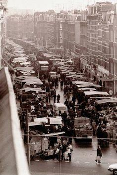 de enige echt markt van Amsterdam, de Albert Cuyp I have been to this market many times. Love this old picture of it.