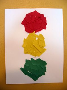 Preschool Crafts for Letter T (Traffic Light)