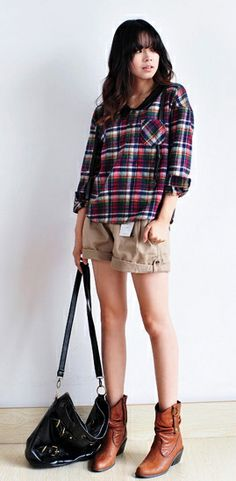 Vintage Style Shirt With Checkered Pattern